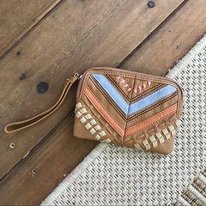 Handbags - Cute clutch!!